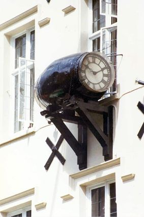 London. Timepieces - Clocks.