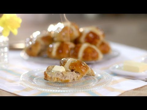 Mary's Hot Cross Buns recipe - Mary Berry's Easter Feast: Episode 1 - BBC Two - YouTube