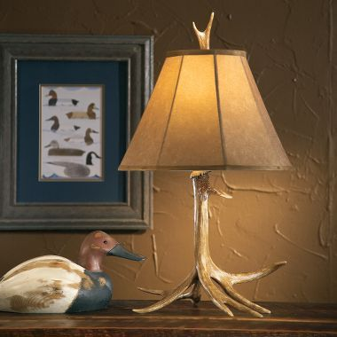 Cabelas grand river lodge one antler whitetail table lamp 26h