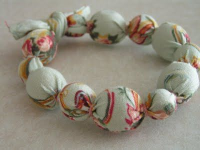 Tea Rose Home: Tutorial--- Fabric Coverd Bead Bracelet---