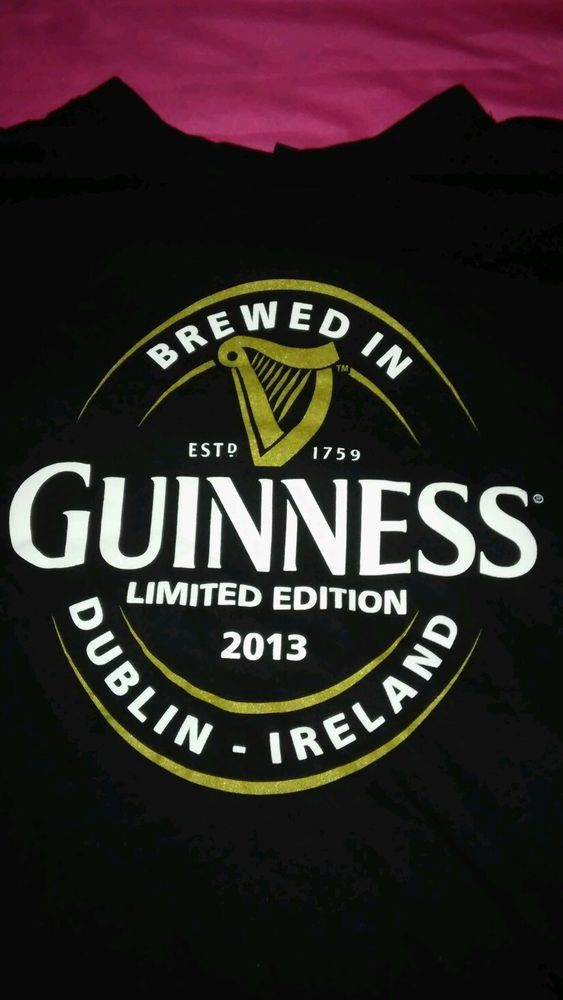 Guinness BEER Logo Mens Short Sleeved T-shirt Black Mens Size Large 2013 L #Guinness #GraphicTee