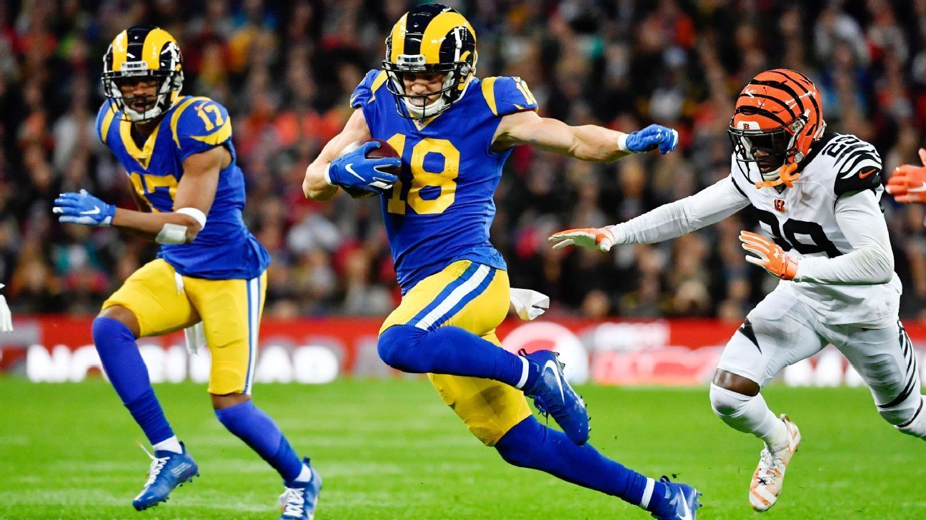 Rams Cooper Kupp Has Huge First Half With Trick Play Td Fantasy Football Football And Basketball Desean Jackson