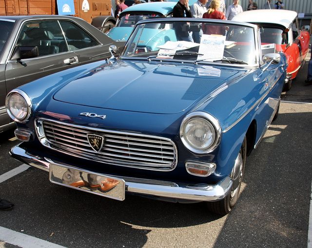 columbo 39 s peugeot 404 cabrio cars i love peugeot cars. Black Bedroom Furniture Sets. Home Design Ideas