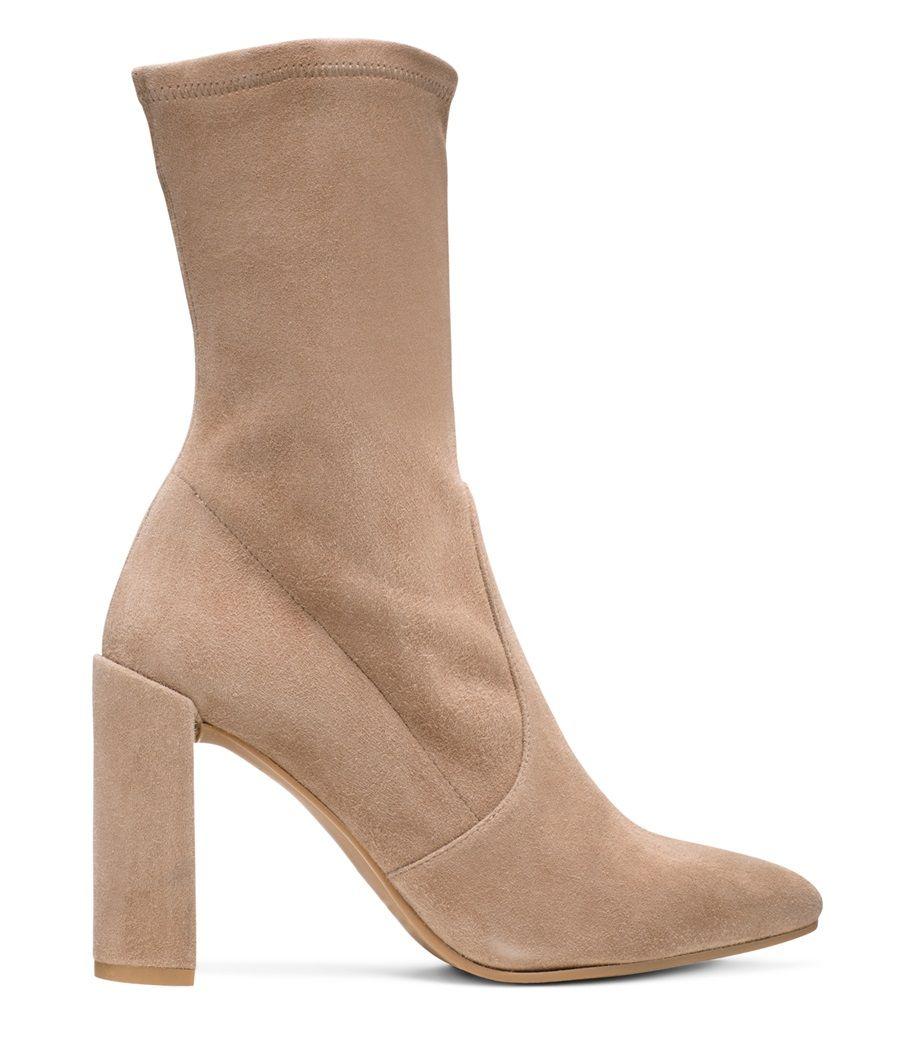 Clinger Stretch-Leather Ankle BootsStuart Weitzman hlaTY
