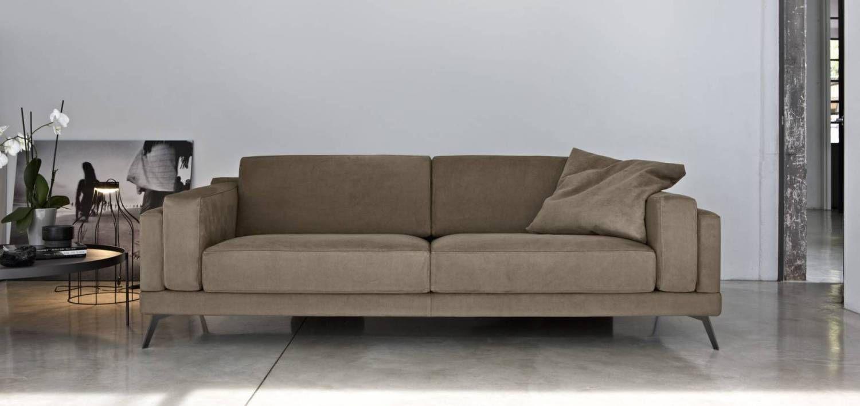 Divano Tessuto Antimacchia Opinioni divano doimo