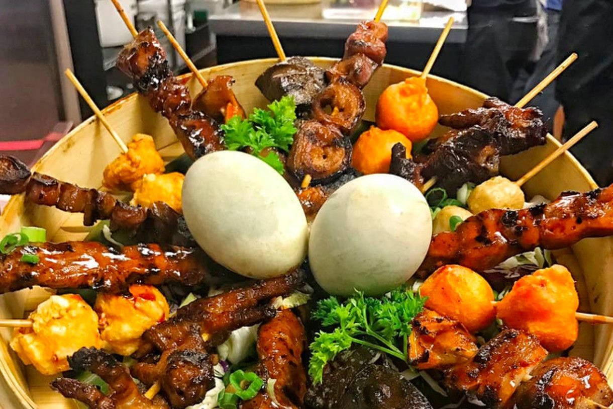 Fast Expanding Filipino Restaurant Just Opened Its Third Location In Little Tokyo Los Angeles Food Pork Sisig Pork Ribs