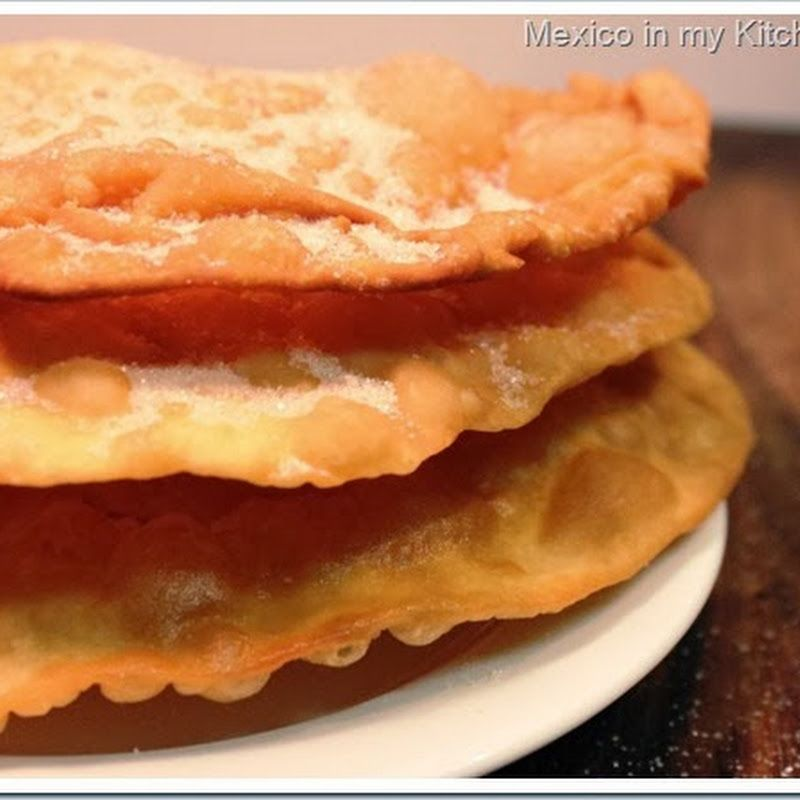 Mxico en mi cocina cmo hacer buuelos mexicanos food recipes way to make a treat that i am sure many mexicans living abroad remember their grandmothers aunts or mothers prepare for them a classic dessert loved forumfinder Choice Image