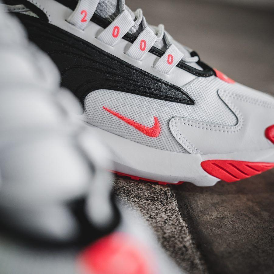Nike Zoom 2k Herren Frauenschuh Grau Schwarz Rot Sneakers Mode Modestil Sneaker Trend
