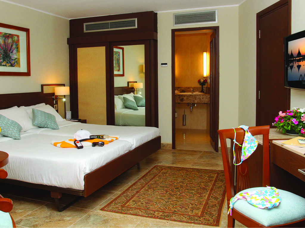 Maritim Jolie Ville Kings Island Luxor Is A Deluxe Hotel That Is  # Saqqara Muebles Y Decoracion