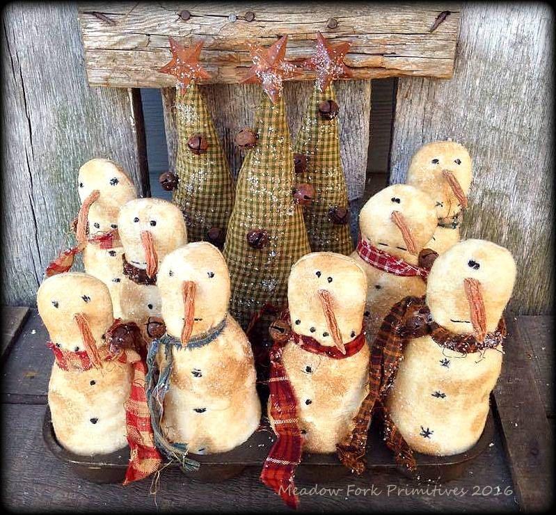 Christmas Tree Muffins: Primitive Folk Art *Snow Muffins & Christmas Trees