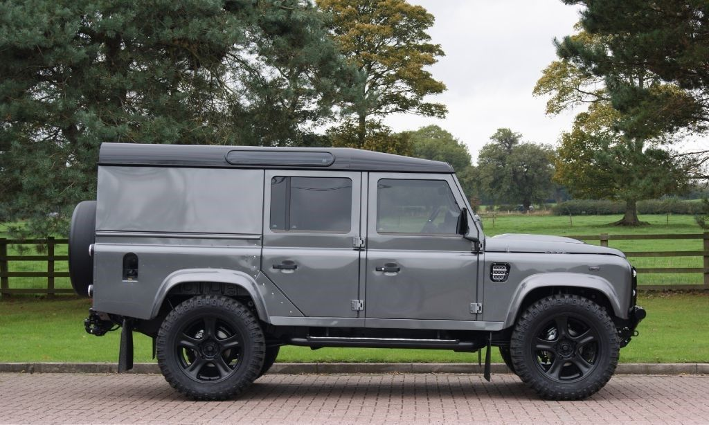 Click here to view larger image 2 of this Land Rover Defender ...