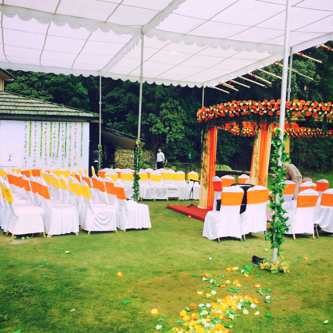 Wedding decoration of mr mrs rupanis daughter ms karuna at wedding decoration of mr mrs rupanis daughter ms karuna at gokarna forest resort junglespirit Image collections