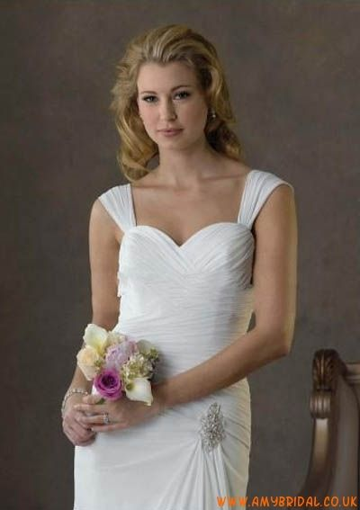 Chiffon  Wide Shoulder Strap with Sweetheart Neckline and Asymmetrical Pleats A Line Sweep Train 2011 Hot Sell Wedding Dress WB-0079