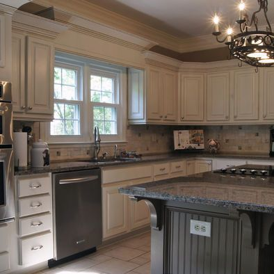 Custom Built Valance Over Sink With Triple Stacked Crown Molding. Under  Cabinet Light Rail Molding