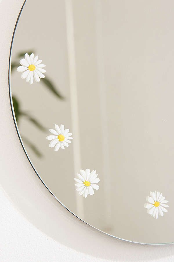 Pin By Dhannie Betz On Home Decor In 2020 Painted Mirror Art
