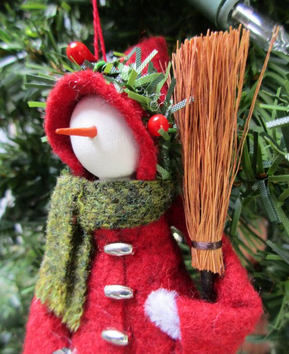 Dressed Warm Snowlady Christmas Ornament - Clothespin, Felt