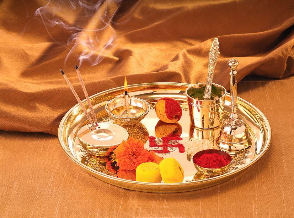 Handicraft Storeroom Pooja Thali Tilak Decorative Platter Set Laxmi//Ganesh Pooja Thali Oval Silver Thali