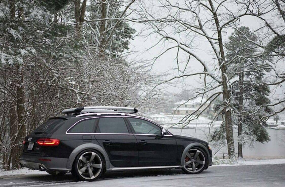 Black Audi Allroad In The Snow универсалы Audi