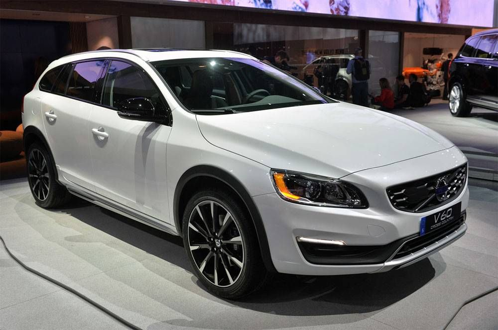 Novo Volvo V60 Cross Country 2019 And Volvo S60 Cross Country 200 Mm Under The Bottom Preços Ficha Técnica Interior E Consumo Carros Auto Modelos