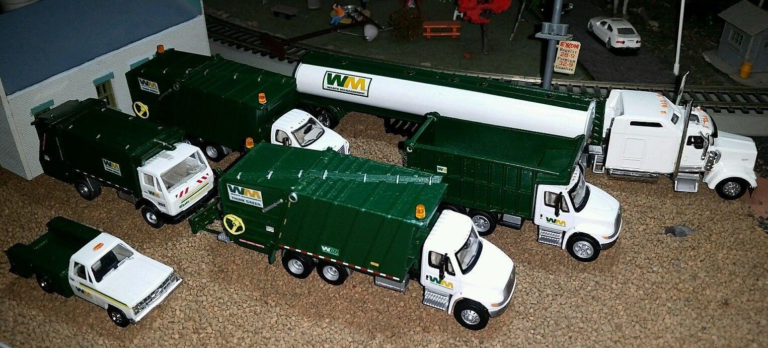 Boley Waste Management Rear Packer Garbage Truck W Recepticle 1