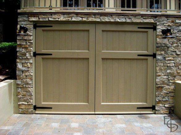 Automatically Opening Carriage Doors For Garage Garage Doors Carriage House Garage Doors Garage Door Design