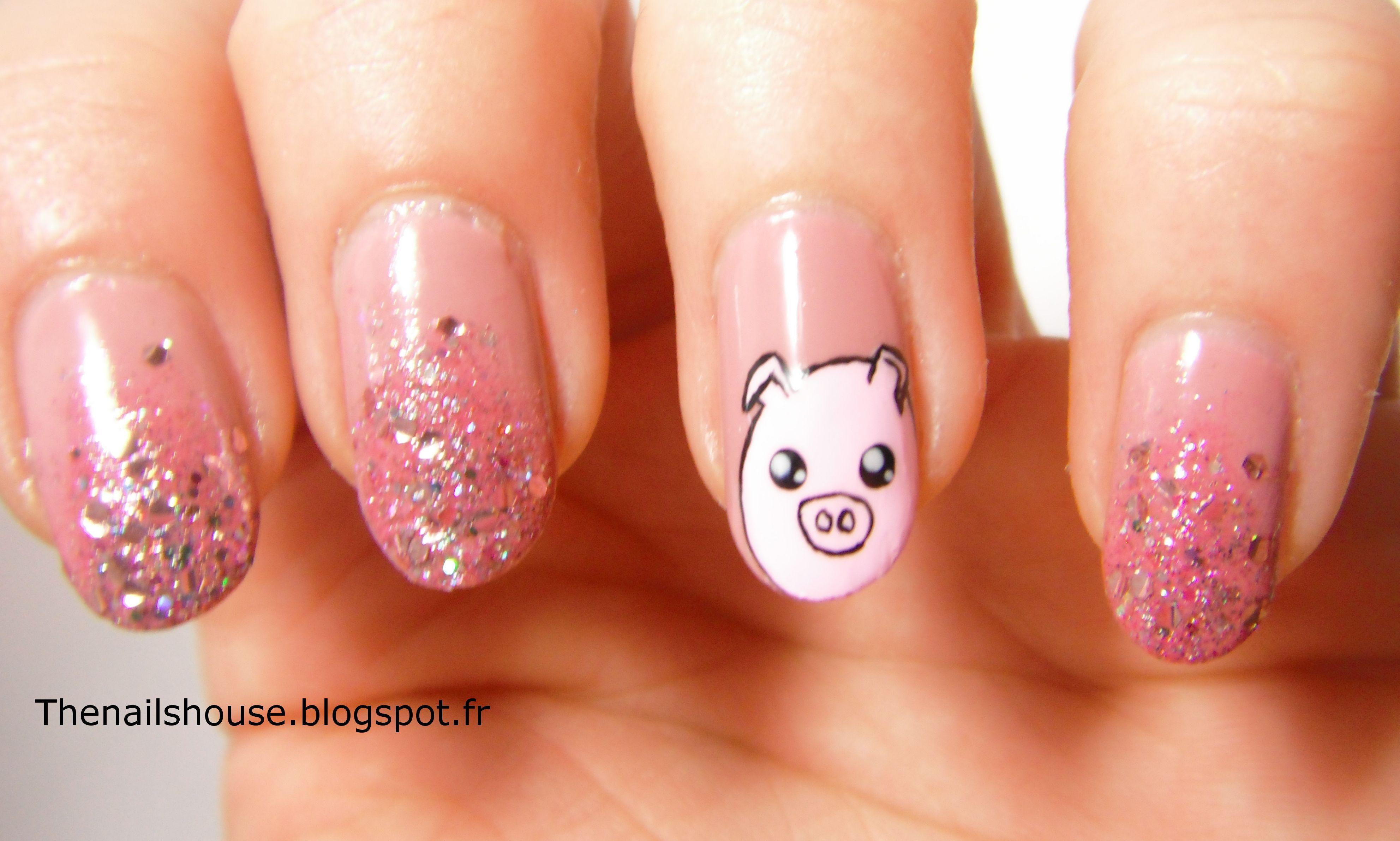 pig nail art