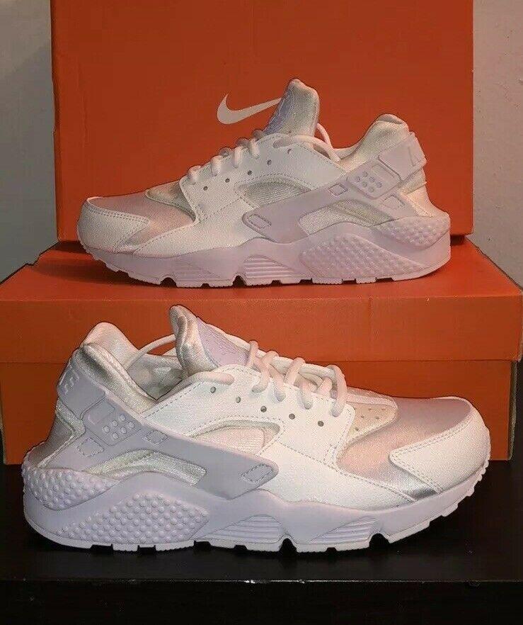 b12fe974c237 Nike Air Huarache Women s White White 34835108 - Nike Airs (This is a link