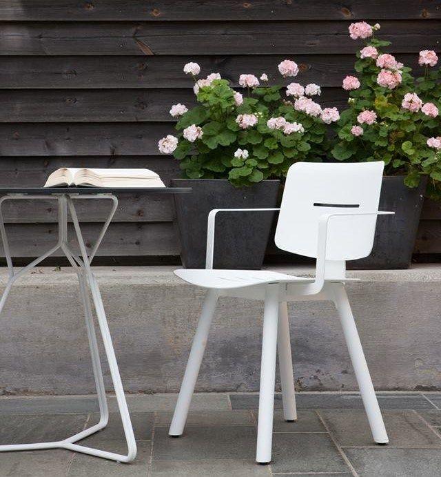 Poltrone In Ferro Da Giardino.Powder Coated Aluminium Garden Chair Coco Garden Chair By Oasiq