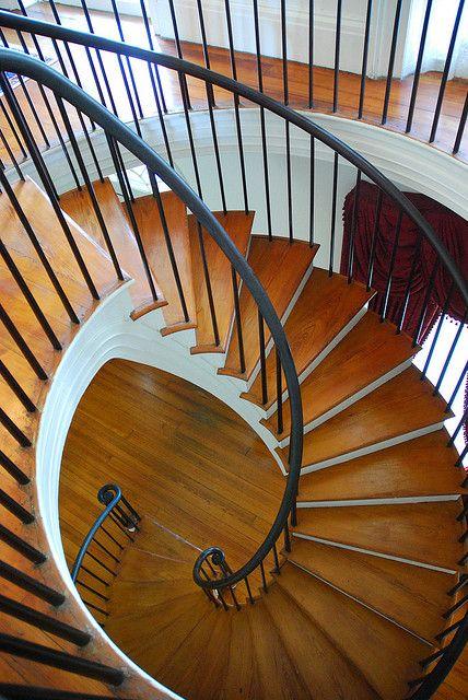 Best Auburn Antebellum Home Staircase Natchez Mississippi 400 x 300