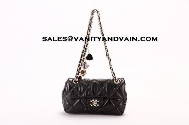 Purse of the day. For purchase Inquiries  email us @ sales@vanityandvain.com ✨✨✨✨✨✨✨ #love #tweegram #photooftheday #20likes #amazing #followme #follow4follow #like4like #look #instalike #igers #picoftheday #instadaily #instafollow #like #iphoneonly #instagood #bestoftheday #instacool #instago #all_shots #follow #webstagram #colorful #style #swag