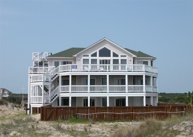 Twiddy Outer Banks Vacation Home - Cassiopeia - 4x4 - Oceanfront - 6 Bedrooms