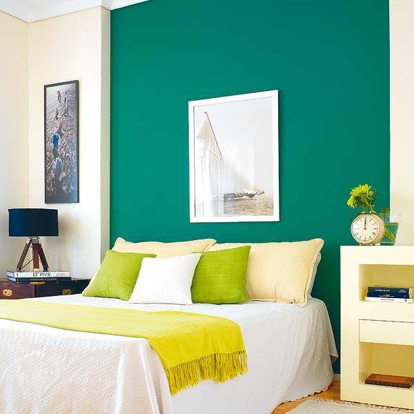 Pared Verde Jade Combina Con Blanco Y Marron Chocolate Y Notas De Color Beige Otra Pared Ve Colores Para Dormitorio Como Decorar Un Dormitorio Dormitorio Verde