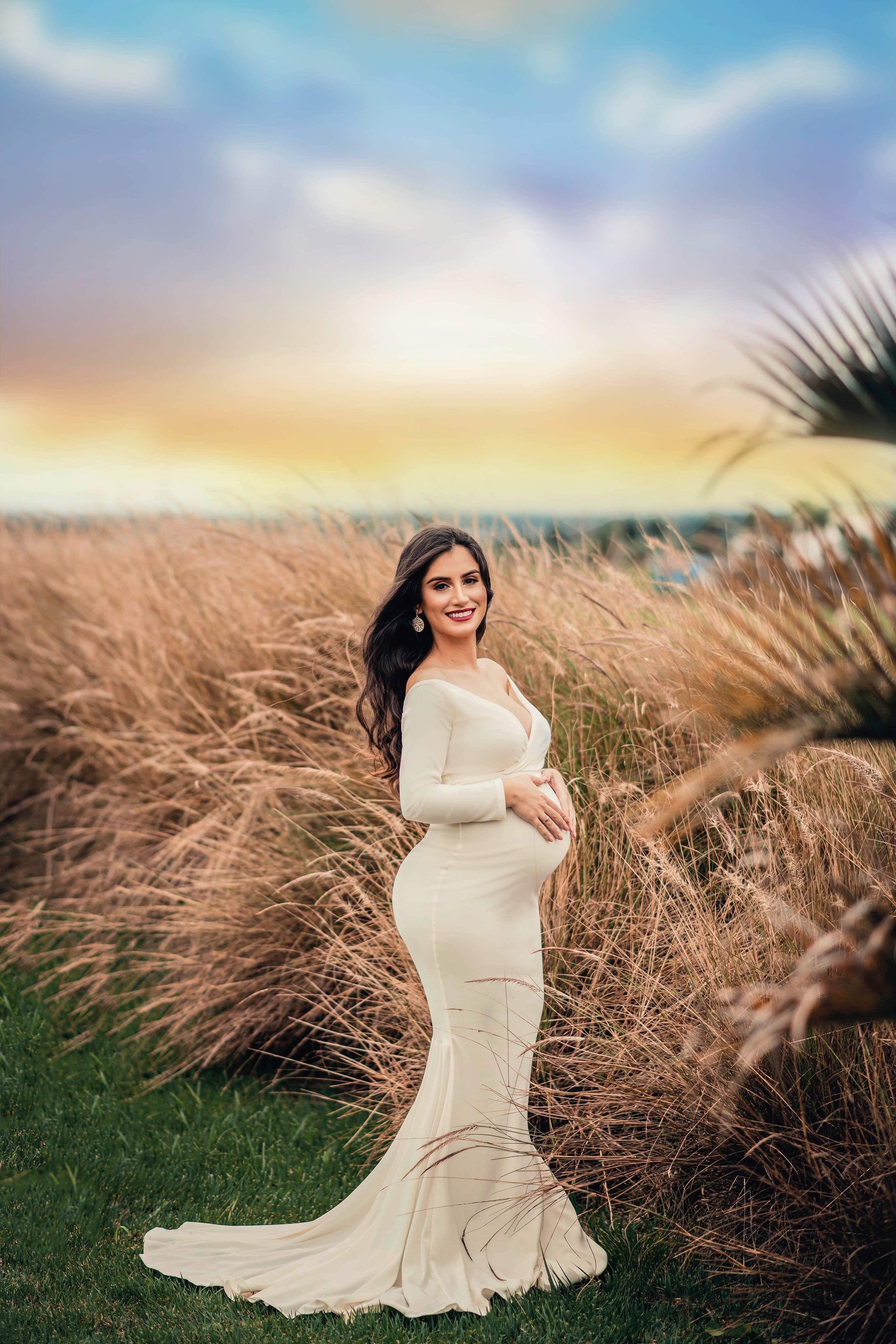 Pretty Pregnant Women in 2020 Long white dress