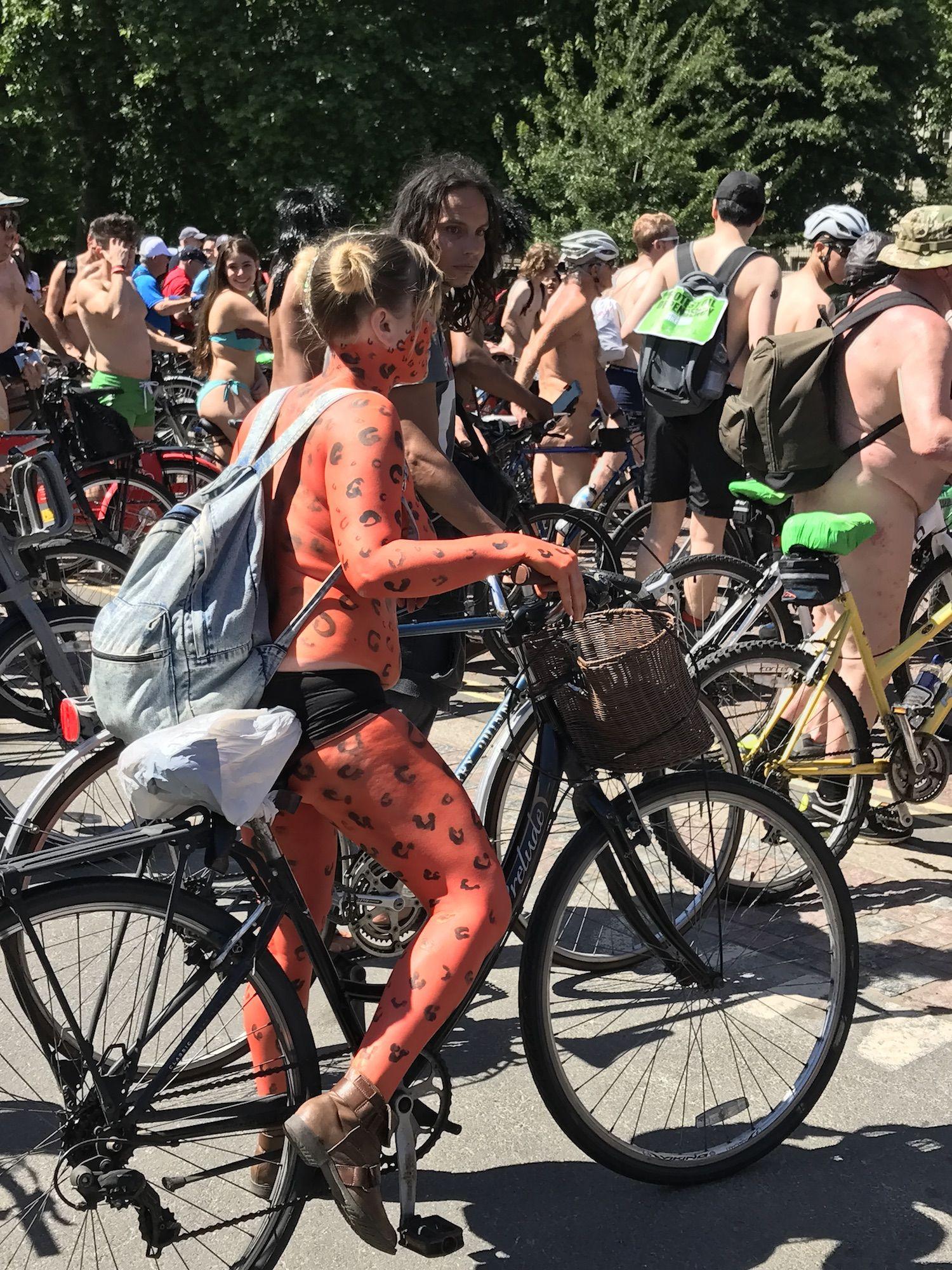 hot milf naked women pics