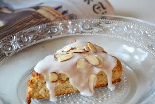 The view from Great Island: Vanilla bean almond scones