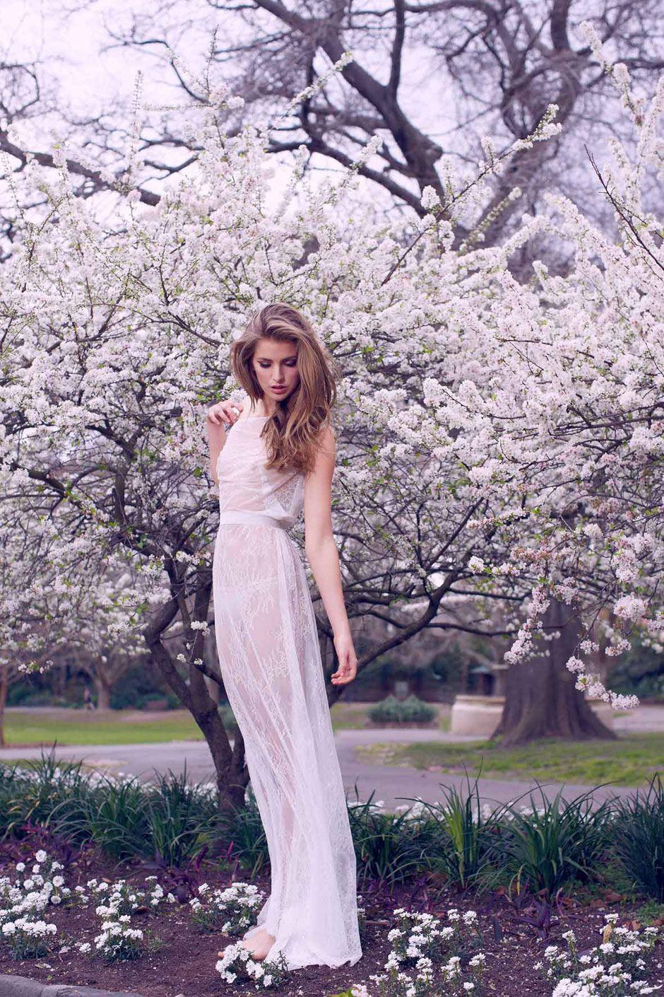 Emilia Graves Nude Photos 32
