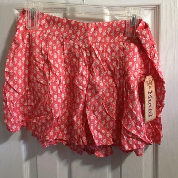 Mudd printed soft skort Super soft floral printed shorts Mudd Shorts Skorts