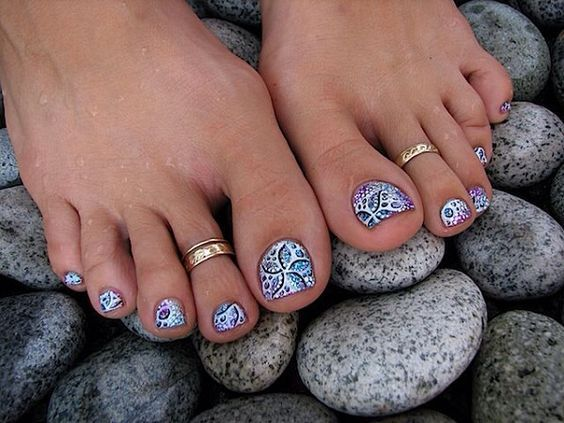 40 Sassy Toe Nail Ideas