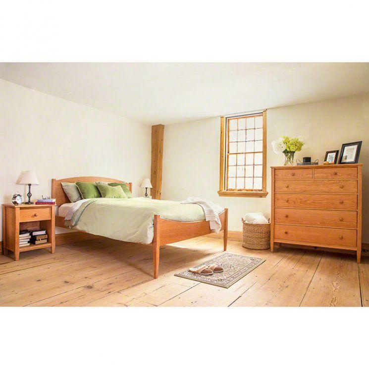 Vermont Shaker Moon Bedroom Furniture Set