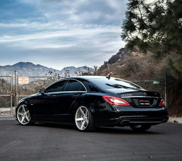 Best Dubai Luxury And Sports Cars In Dubai: Mercedes-Benz