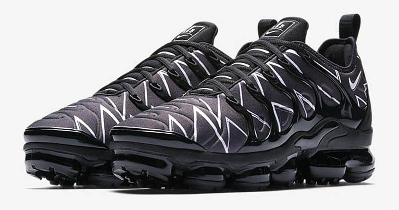 new style a8b3d c26b4 Nike Air VaporMax Plus HL