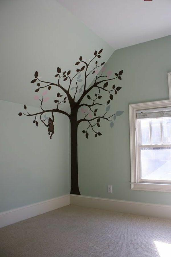 Gemalter Baum In Der Ecke Des Zimmers Garderobe Kindergarten