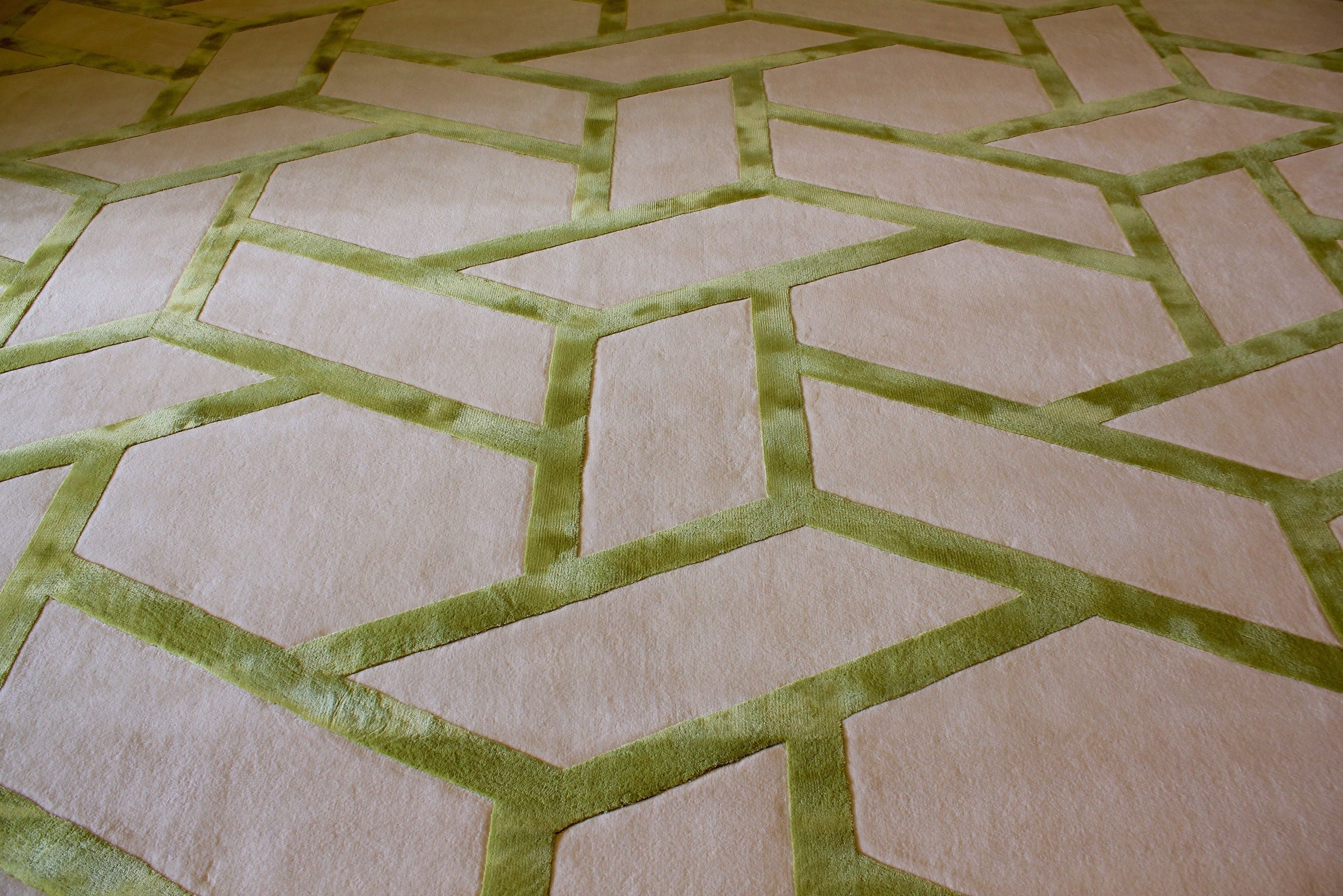 Www Concepthandtufting Co Uk Geometric Hand Tufted Carpet In Wool And Silk Rugs On Carpet Carpet Fitting Carpet Handmade