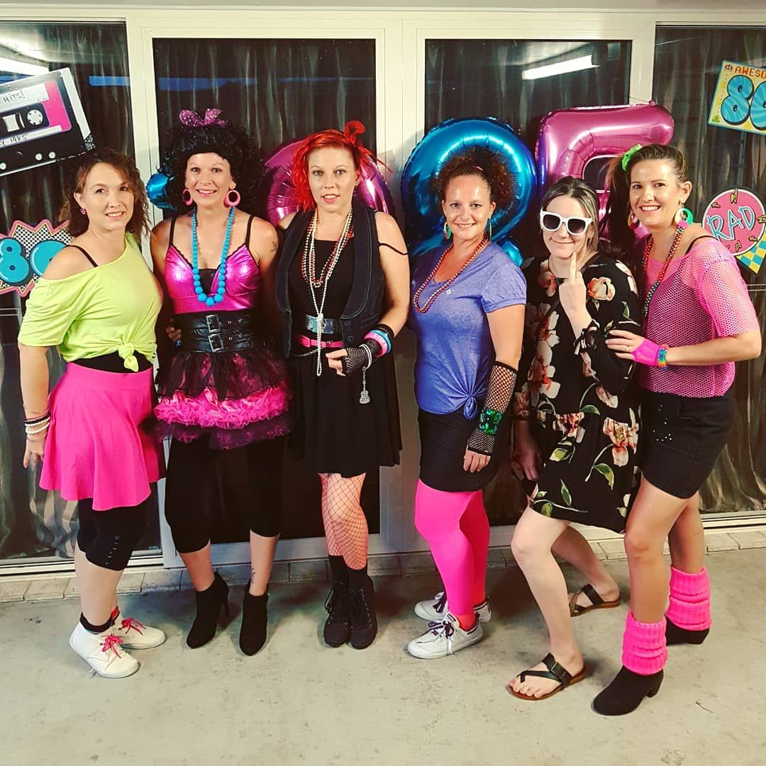 Diy 80s Halloween Costume Idea With Images 80s Party Costumes