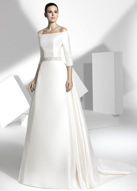 vestido de novias con mangas de escote barco, cortado en cintura