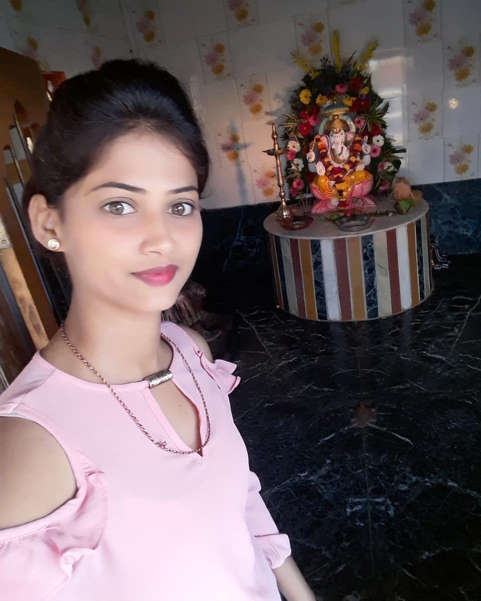 Indian Desi College Girl
