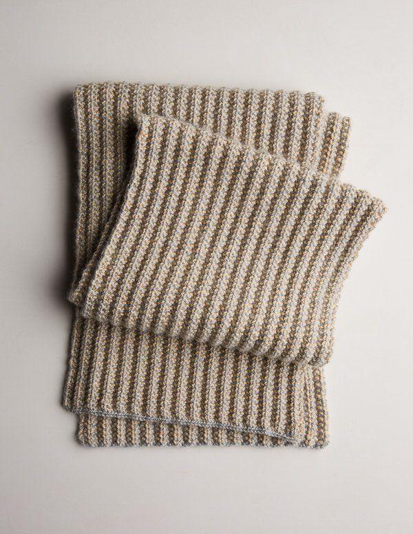 Two-Tone Mistake Rib Scarf | Knitting patterns | Knitting