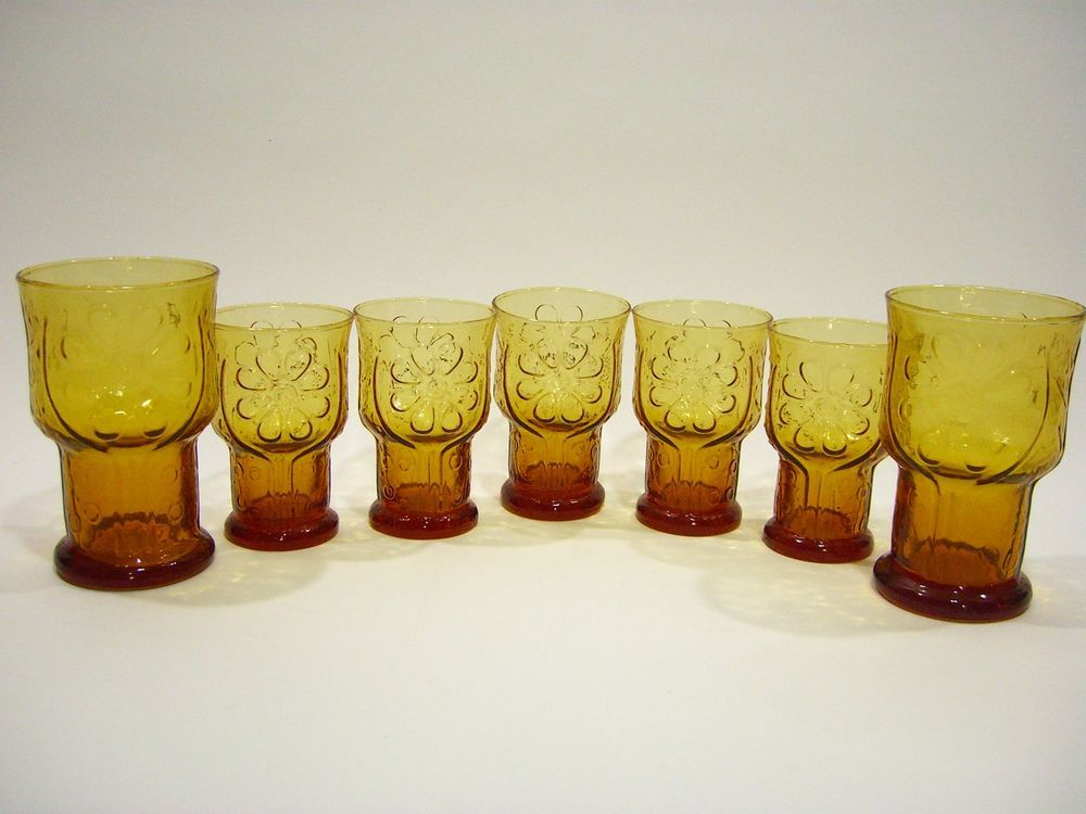 7 Vintage Libbey Amber Country Garden Daisy Embossed Pedestal Glasses