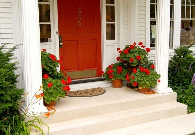 Improve Your Home's Curb Appeal with 10 DIY Outdoor