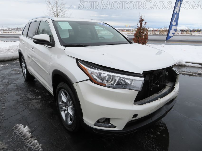 Salvage 2016 Toyota Highlander for Sale in California